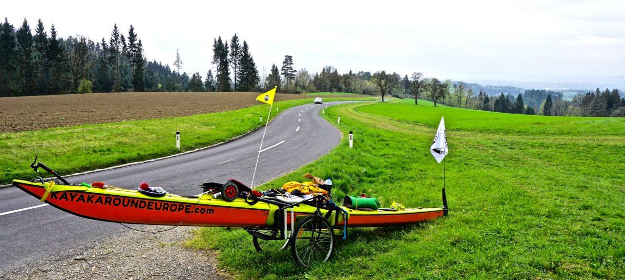 Rakousko - u Lince (Foto: Jiří Oliva, Kayak Around Europe ©)